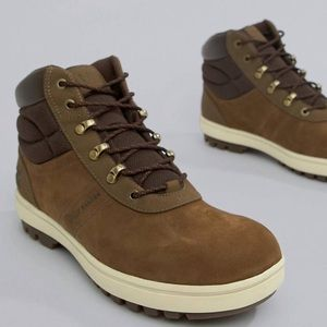 Boots by Helly Hansen